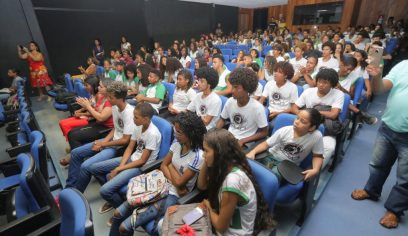 Sedes realiza lançamento do Novembro Negro no Teatro Alberto Martins