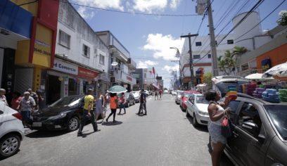 Comércio no Centro funcionará com trânsito alterado no domingo (23)