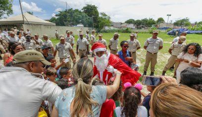 Polícia Militar promove Natal Solidário em parceria com a Prefeitura