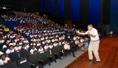 PROERD forma estudantes da Costa de Camaçari