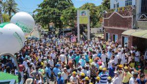 Multidão homenageia o padroeiro de Monte Gordo durante cortejo