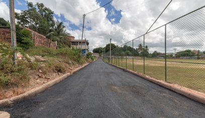 Burissatuba recebe pavimentação asfáltica e reforma de campo