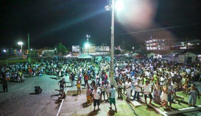 2019 é recebido com festa em quatro pontos da Costa de Camaçari