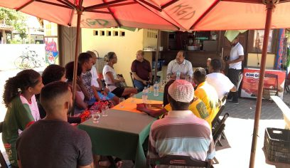 Prefeitura prepara barraqueiros de Guarajuba para receber grandes eventos