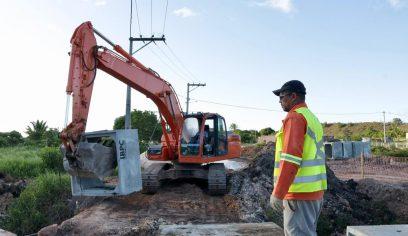 Prefeitura realiza obras de drenagem no Parque das Mangabas