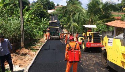 Prefeitura realiza pavimentação asfáltica em bairros da Costa de Camaçari