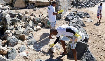 Jauá recebe projeto Praia Linda é Praia Limpa