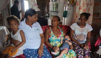 Parafuso recebe visita de assistentes sociais do programa Casa Melhor