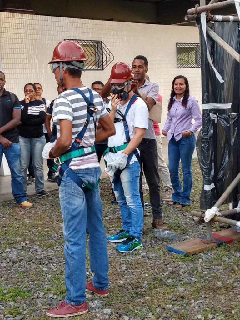 225 profissionais recebem treinamento para contratação por empresa do Polo Industrial 3