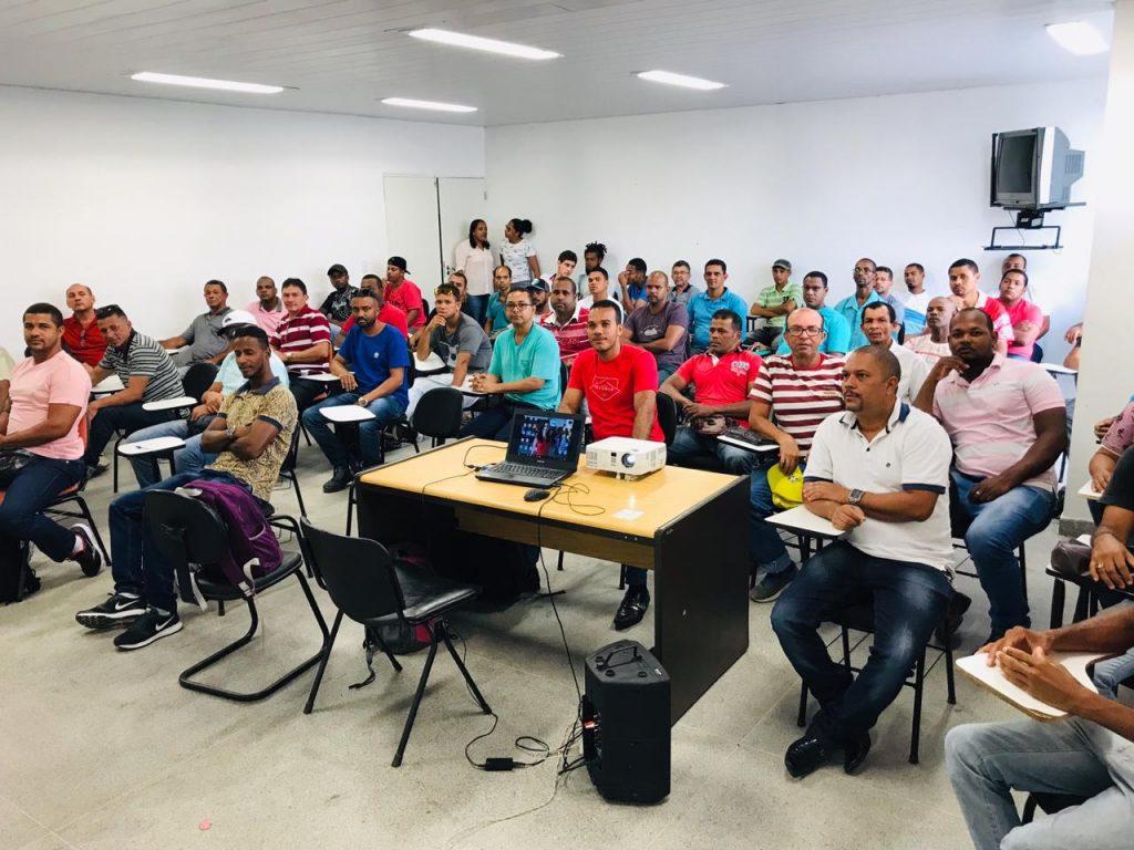 225 profissionais recebem treinamento para contratação por empresa do Polo Industrial 1