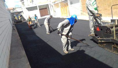 Prefeitura realiza pavimentação nos bairros Verdes Horizontes e Lama Preta