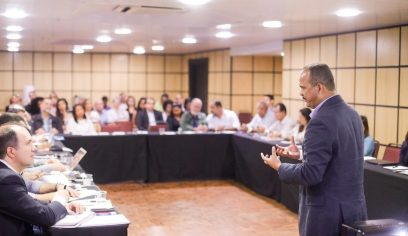 Prefeito viaja à Brasília para assinar contrato referente ao empréstimo de US$ 80 milhões