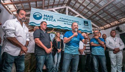 Lançamento do Mais Pesca lota associação em Arembepe