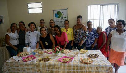 Moradoras do MCMV concluem curso de biscoitos pelo PTS
