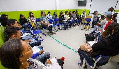 Profissionais da educação especial recebem formação