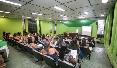 Professores participam de última formação do Educar pra Valer