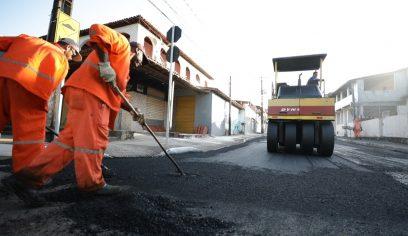 Mais quatro ruas da Gleba A recebem recapeamento asfáltico
