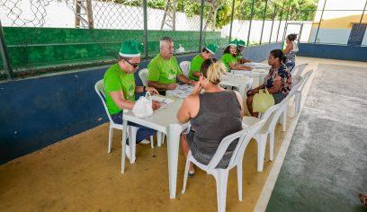 Entrega de cupons da cesta de Natal no final de semana facilita o acesso ao benefício