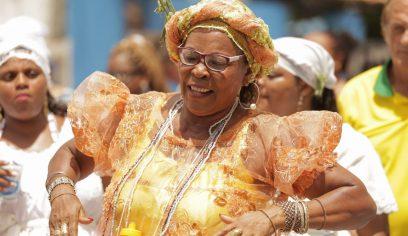 Devoção a Nossa Senhora do Parto abre ciclo de lavagens na Costa