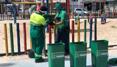 Prefeitura instala lixeiras e orienta sobre descarte de lixo e vandalismo