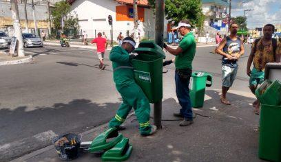 Prefeitura instala novas lixeiras pela cidade