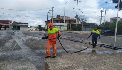 Sesp segue com ação de higienização de espaços públicos na costa do município