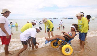 Cadeirantes aprovam terceira edição do Para Praia Camaçari