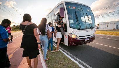 Transporte Universitário já beneficiou em torno de 26 mil estudantes