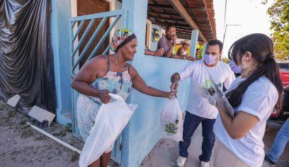 Beneficiários recebem Cesta de Páscoa em Areias