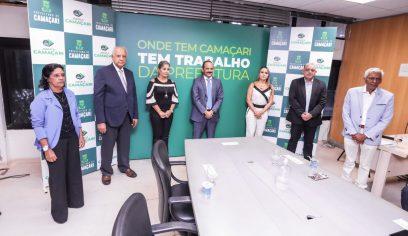 Prefeito apresenta novos secretários municipais