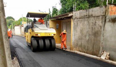 Mais oito ruas em localidades da Costa de Camaçari recebem asfalto