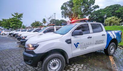 VIGSEG apresenta à prefeitura frota e fardamentos novos