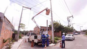 Distrito de Vila de Abrantes recebe mais de 100 novos braços de iluminação