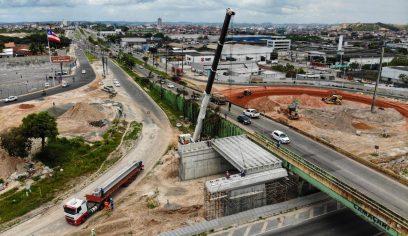 Trânsito é modificado durante içamento de vigas do Viaduto do Trabalhador