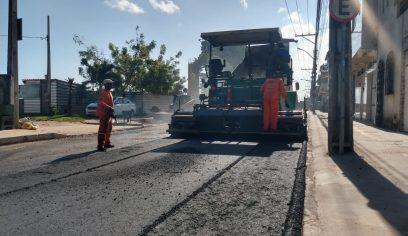 Rua Bahia recebe camada asfáltica nesta sexta (4)