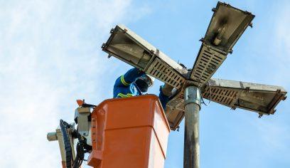 Prefeitura realiza manutenção na Iluminação Pública