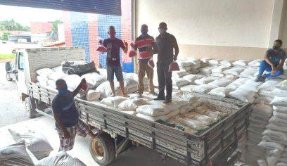 Sedap entrega mais de 28 toneladas de adubos para produtores individuais