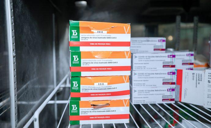 Vacinação da primeira dose contra a Covid-19 retorna em Camaçari