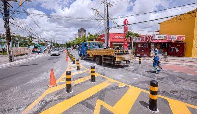 Rua Francisco Drumond volta a funcionar em mão dupla