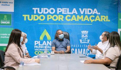 Prefeito se reúne com gestores da Sesau para tratar sobre vacinação