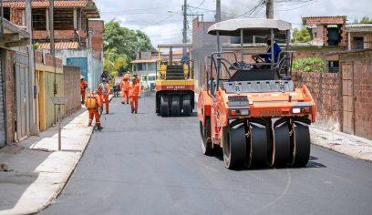 Rua do Areal recebe pavimentação asfáltica