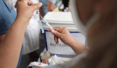 Vacinação contra Covid-19 avança no grupo prioritário da 1ª fase