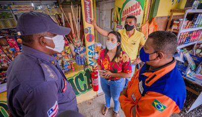 Defesa Civil e Bombeiros fiscalizam pontos de vendas de fogos de artifício