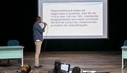 Edital de ocupação do Teatro Alberto Martins é apresentado aos agentes de cultura